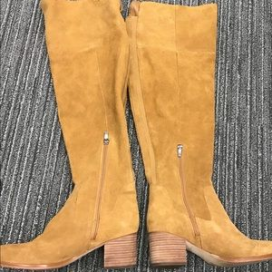 "Marc Fisher ""Escape"" knee high suede boots size 9"